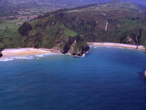 Playas de Andrín y La Ballota