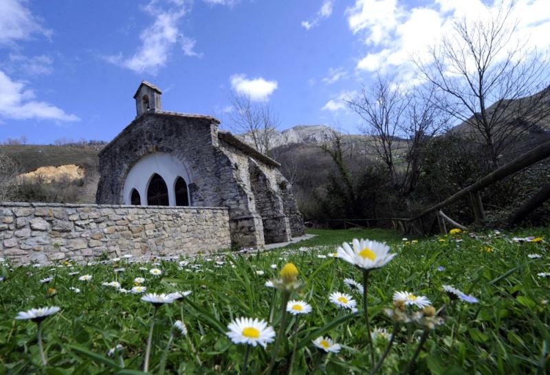 La ermita de Santa María de Mian.